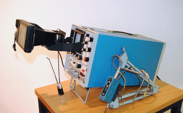 Aparato Electromiógrafo (EMG) portátil MS7